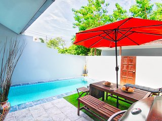 3 beds Private Pool Villa near walking street and 300 meter from beach!