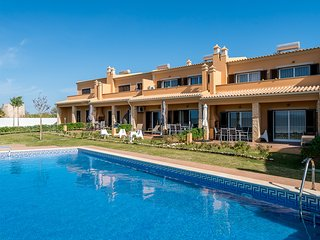 Reeb Red Villa, Armacao de Pera, Algarve