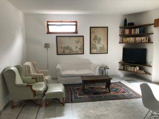 Villa Franca - Ampio e luminoso appartamento a due passi dal centro