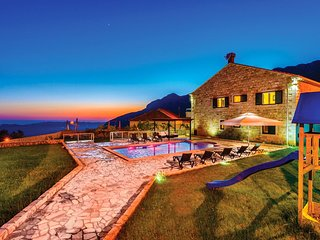 Villa Nikole