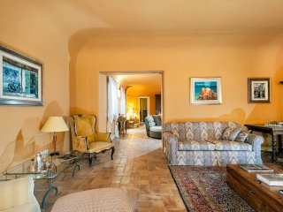 L'Addolorata Villa Sleeps 10 with Pool and Air Con - 5479458