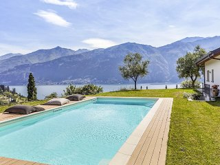 4 bedroom Villa in Bellagio, Lombardy, Italy : ref 5457072