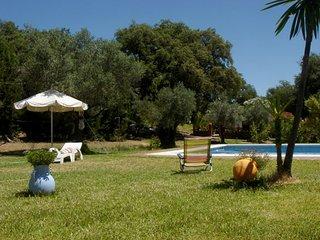 FINCA EN SIERRA DE ARACENA, 4 habitaciones y piscina privada