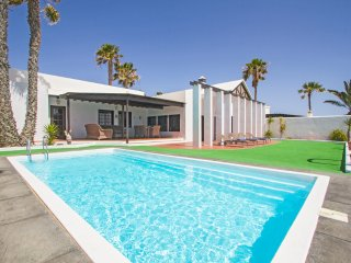 4 bedroom Villa in Costa Teguise, Canary Islands, Spain : ref 5400425