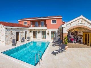 3 bedroom Villa in Razine, Sibensko-Kninska Zupanija, Croatia : ref 5404245