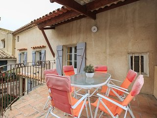 House with 2 bedrooms in L'Isle-sur-la-Sorgue, with terrace and WiFi