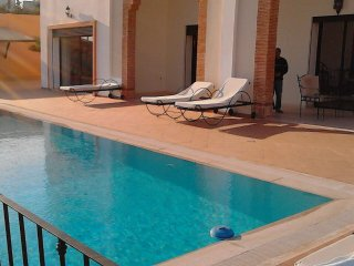 Peaceful 5 Bedrooms Villa with Swimming Pool