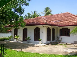 Galle City Villa Bedroom 1 ( A home away from home)