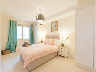 Stylish One Bed D4 RDS, AVIVA, HERBERT PARK
