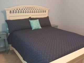 Cozy Retreat 2 bedroom 2 bath home