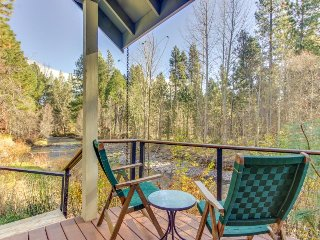 Modern, riverfront home w/ private hot tub & entertainment - quiet community