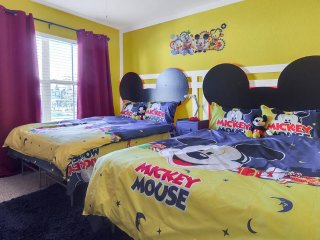 (19-10)2 4 Bedroom/ 3 Bathroom Seven Dwarfs