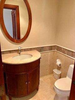 HALF BATHROOM IN THE ENTRANCE