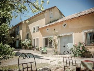 'Les Cypres', (10 pers: 6 ad + 4 kids), WIFI, Air-cond, BBQ, Bikes, Pool