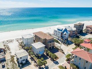 'Gulf Splendor I' Stunning Gulf Front Property!