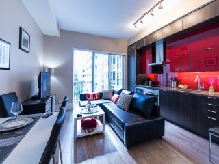 Upscale Suite at CN Tower, Convention & Rogers Centre
