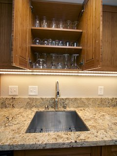 Available Kitchen Glassware and Sink