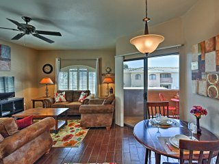 Lovely Phoenix Condo w/Private Patio & Pool Access