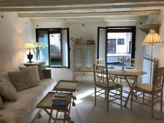 BOUTIQUE APARTMENT IN VENICE