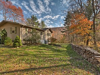 NEW! 3BR Blue Mountain Resort Home w/Spa & Acreage