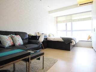 Luxury Serviced Apts near Taipei 101 with swimming pool & gym