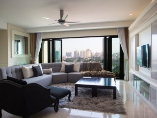 KLCC Quality Family Suites for 9+1