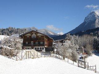 Achentaler Bauernhäusl - Selbstversorgerhaus in den Tiroler Bergen