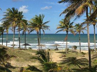 Mansao com 5 Suites  100metros para a praia