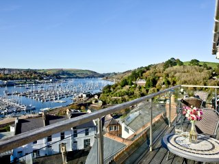 Woodbine House located in Kingswear, Devon