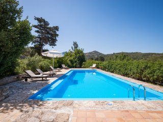 myholidayhome/little Treasure-Historical, stone built villa in peaceful location