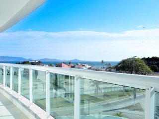 Best Luxury Praia do Forte Cabo Frio 4-bedroom Seafront Apartment