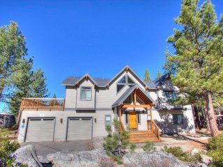 Completely Spectacular House with Lake View ~ RA45187