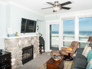 Coastal Dreams - 2nd Floor Oceanfront Condo, Private Hot Tub, Indoor Pool, WiFi!