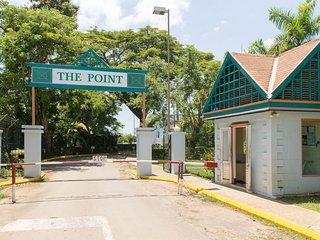 Point main entrance/security