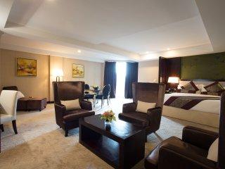 Royale Signature Hotel (Studio)