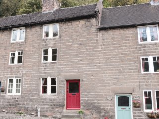 HOLLY COTTAGE, central location, wood burner, three storey, in Cromford, Ref