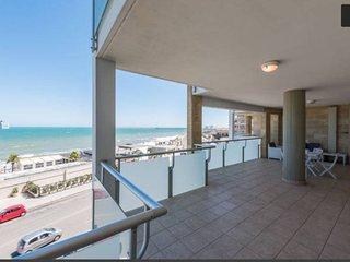 Meraviglioso appartamento fronte mare