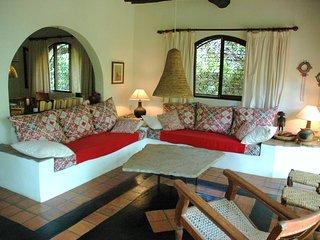 Flamboyant Villa - Shambani