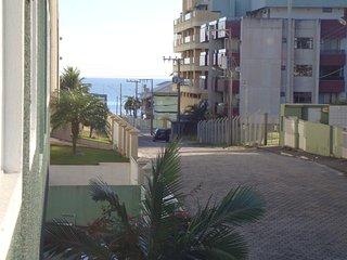 Resid. Estrela do Mar III: Vista pro mar a 80m da Avenida em Bombas