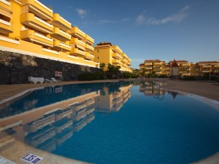 Stunning 2 bedroom apartment with a pool 01076