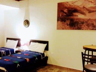 IIBungalow cómodo con 2 camas y terraza, excelente ubicación