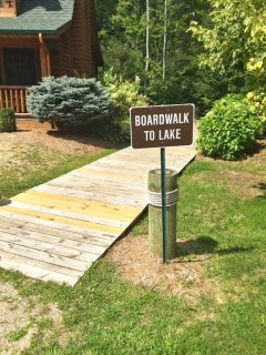 Boardwalk to Goshorn Lake
