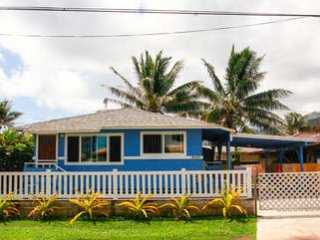 Beachside Blue - Experience island living to the fullest!