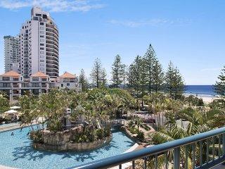 Calypso Plaza Resort Unit 459 - Penthouse style apartment