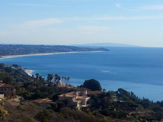 Two private Malibu studios w/ ocean views and full kitchens - close to beach