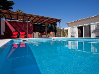 Pool, doesn't it look tempting, complimentary solar heating for summer, great for kids.