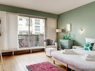 Apartment Jardin Trocadero Paris apartment with balcony, Paris apartment near