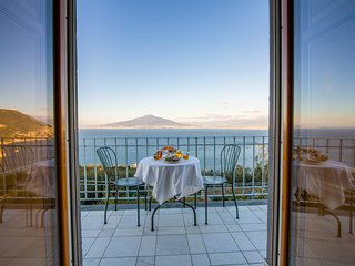 Panoramic Room 'Capri' - Villa Mariagiovanna