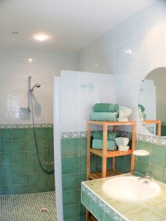 and its ensuite shower room