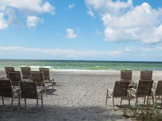 1 bedroom single story family friendly resort April 6-13, 2019